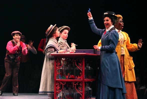 Mary Poppins (2)